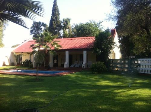 Jules Place, Bulawayo