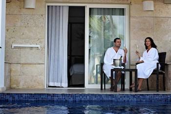 Luxury Swim Out Room Diamond Club