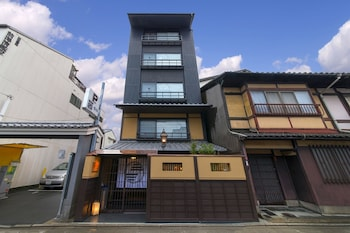 HOTEL ETHNOGRAPHY GION SHINMONZEN Featured Image