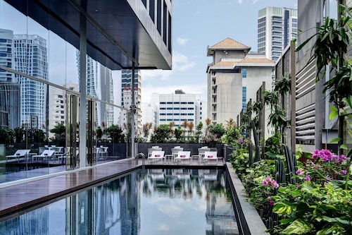 . YOTEL Singapore Orchard Road (SG Clean)