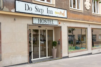 Do Step Inn Central