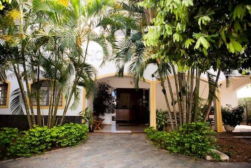 . Hotel Santa Catarina