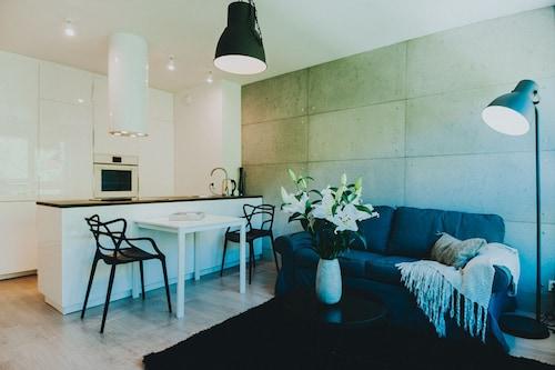 . Elite Apartments Nature & Recess