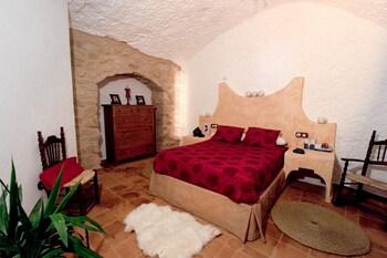 Cave, 1 bedroom (2+1)