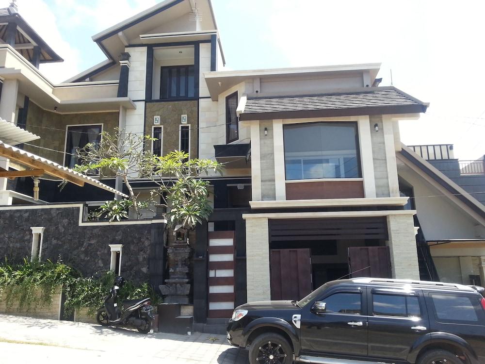 Villa Kubu D' Bukit Jimbaran