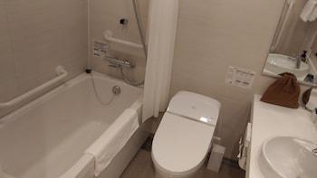 NIPPON SEINENKAN HOTEL Bathroom