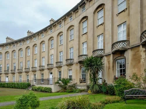 . Royal Crescent Apartments