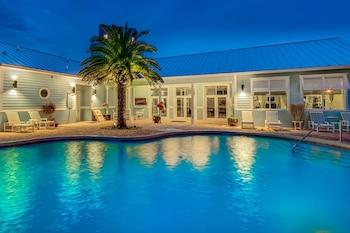 海角克羅辛碼頭渡假村飯店 Cape Crossing Resort & Marina