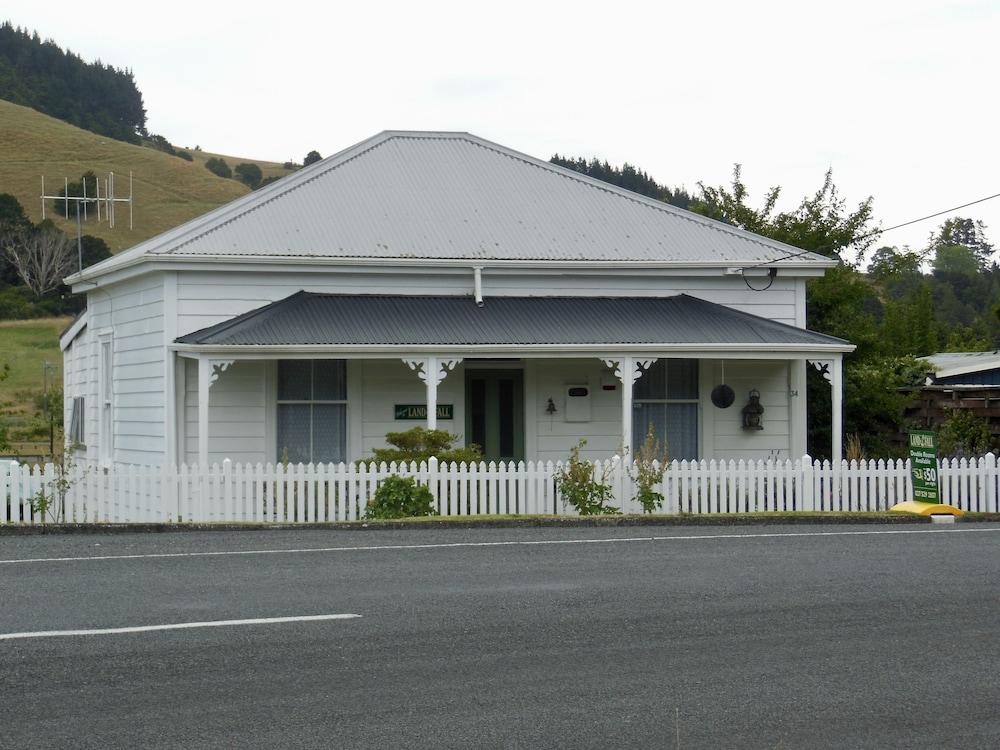 Landfall Cottage