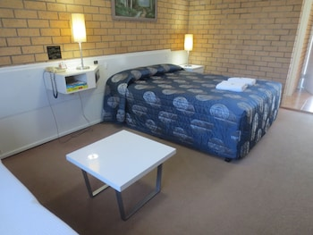 Guestroom at Aspley Pioneer Motel in Aspley