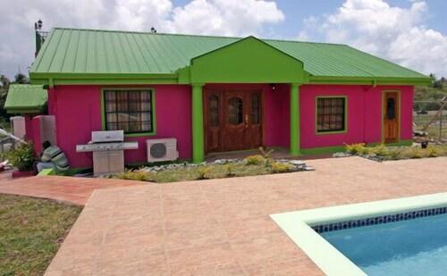 Sheppy's Den Villa