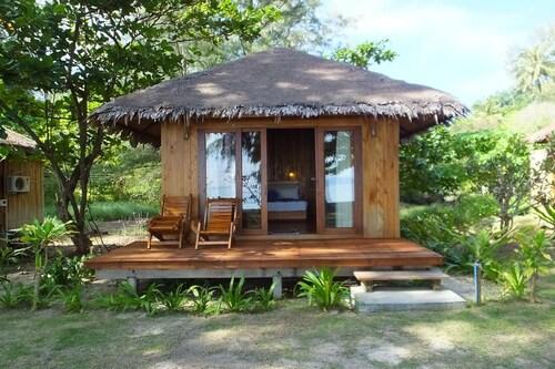 Kradan Beach Resort, Kantrang