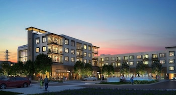 Global Luxury Suites in Menlo Park