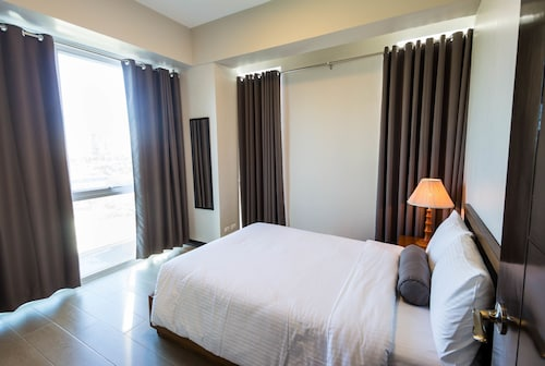 CSuites at 8 Newtown Residences, Lapu-Lapu City