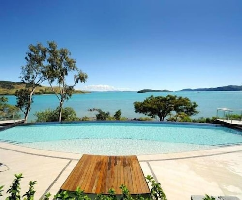 Edge 5, Whitsunday