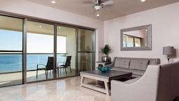 2 Bedroom  Playa Blanca 1408 Condo