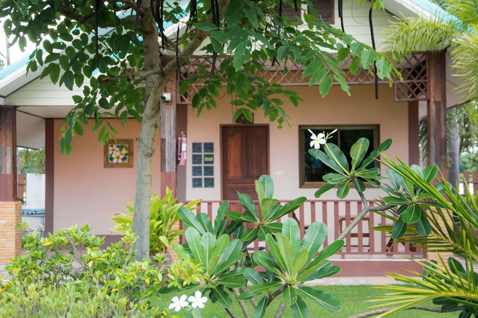Chum Phae Lagoon Resort, Chum Phae