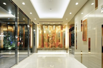 CANDEO HOTELS TOKYO ROPPONGI Interior Entrance