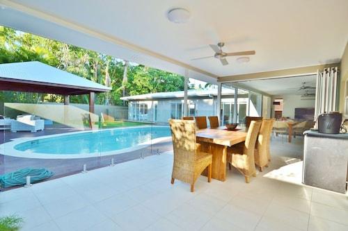 Lamu at Palm Cove, Cairns - Northern Suburbs