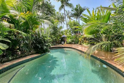 Pacifika at Clifton Beach, Cairns - Northern Suburbs