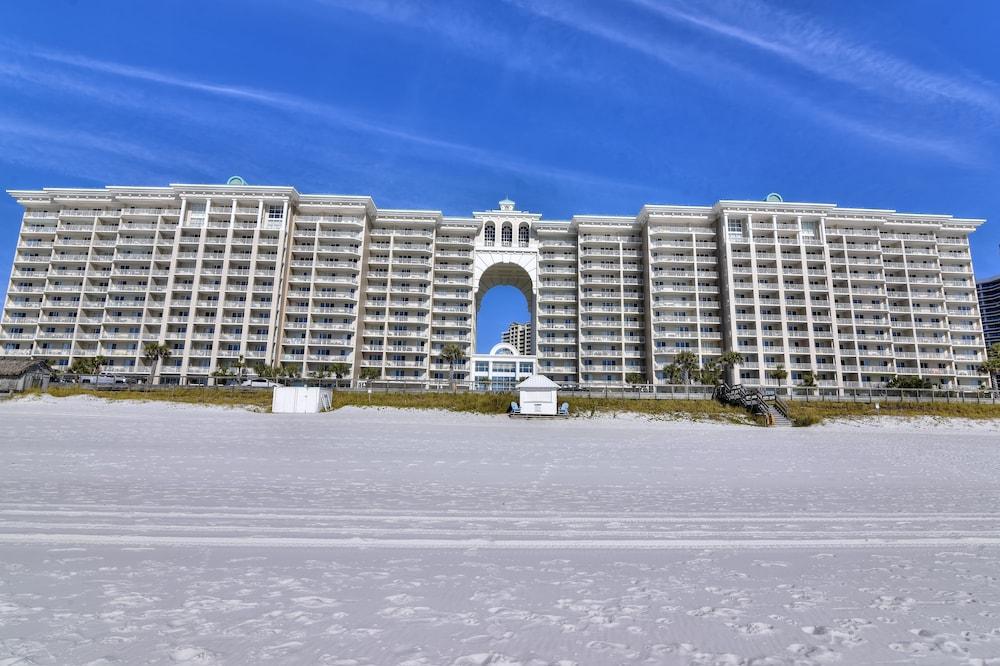 Majestic Sun by Sterling Resorts