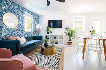 Bold Studio in Wynwood by Sonder photo