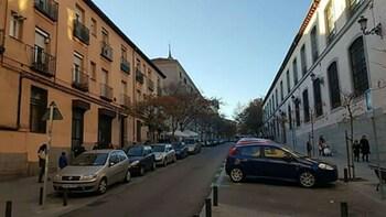 MC ヨーロー アパルタメント ムセオ レイナ ソフィア