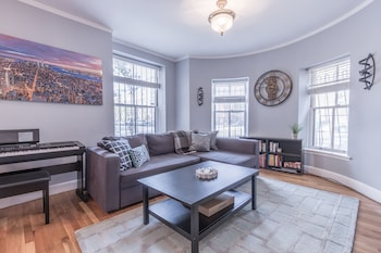 Lovely 2BR in South End by Sonder