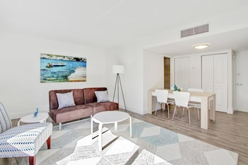 Lively 1BR in Coconut Grove by Sonder photo