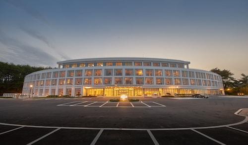 __{offers.Best_flights}__ Naksan Beach Hotel