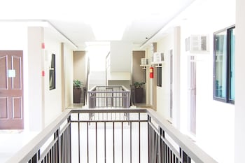MARTON SUITES Hallway