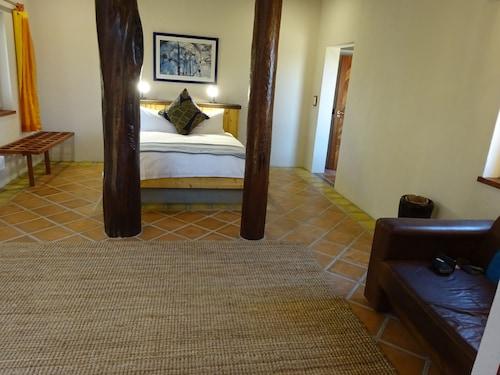 Desert Breeze Lodge, Swakopmund