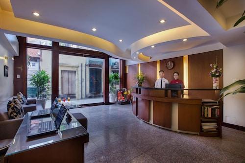 La Storia Ruby Hotel, Hoàn Kiếm