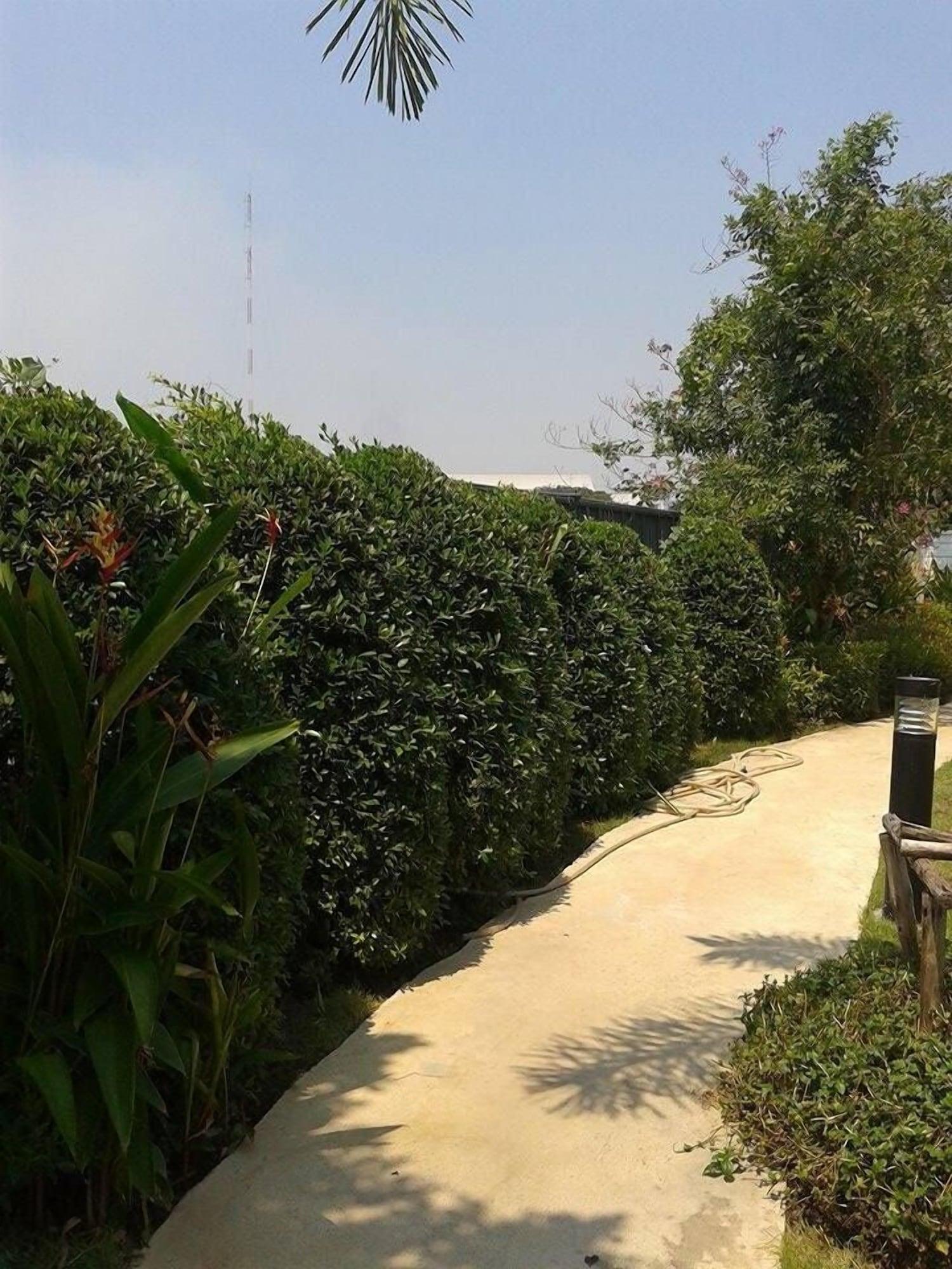 The Kith Condo Garden View, Lam Luk Ka