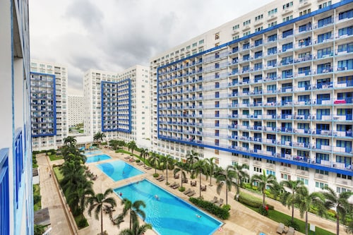 Withus Condotel at Sea Residences, Pasay City