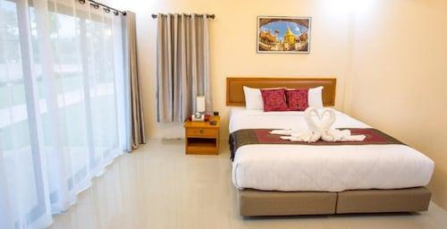 . Lampang Green Garden Resort