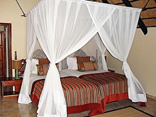 Zongoene Lodge, Xai-Xai