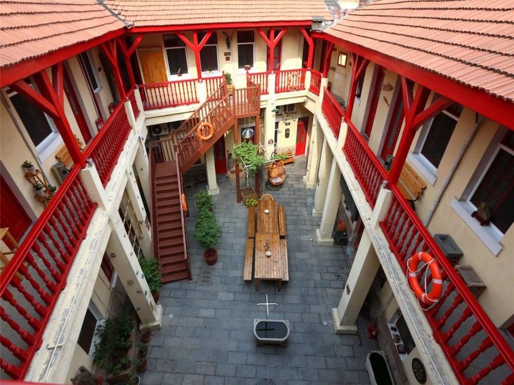 青島ウィート ユース ホステル (青岛麦子青年旅舍)
