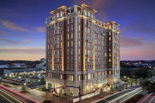 . AC Hotel by Marriott Spartanburg