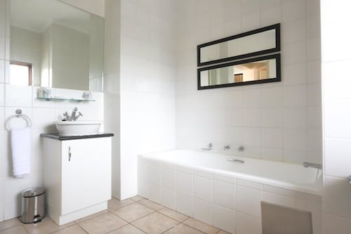 Sandton Times Square Serviced Apartments, City of Johannesburg