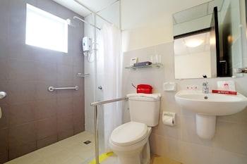 ZEN PREMIUM MAHOGANY AVENUE Bathroom