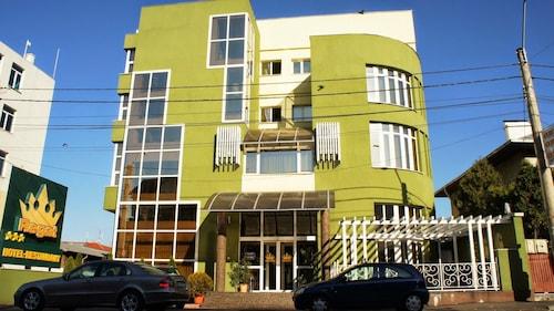 . Hotel Regat