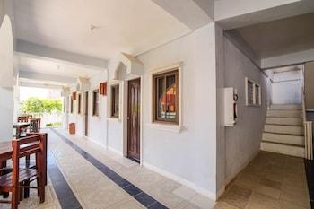 ZEN ROOMS WHITE BEACH Interior