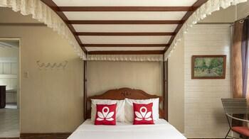ZEN ROOMS BASIC IGGY'S INN BAGUIO Room