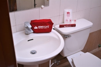 ZEN ROOMS JILIAN TOURIST INN PALAWAN Bathroom