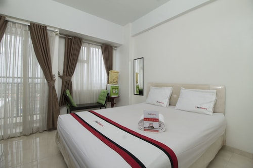 RedDoorz Apartment @ Margonda Residence 3, Depok