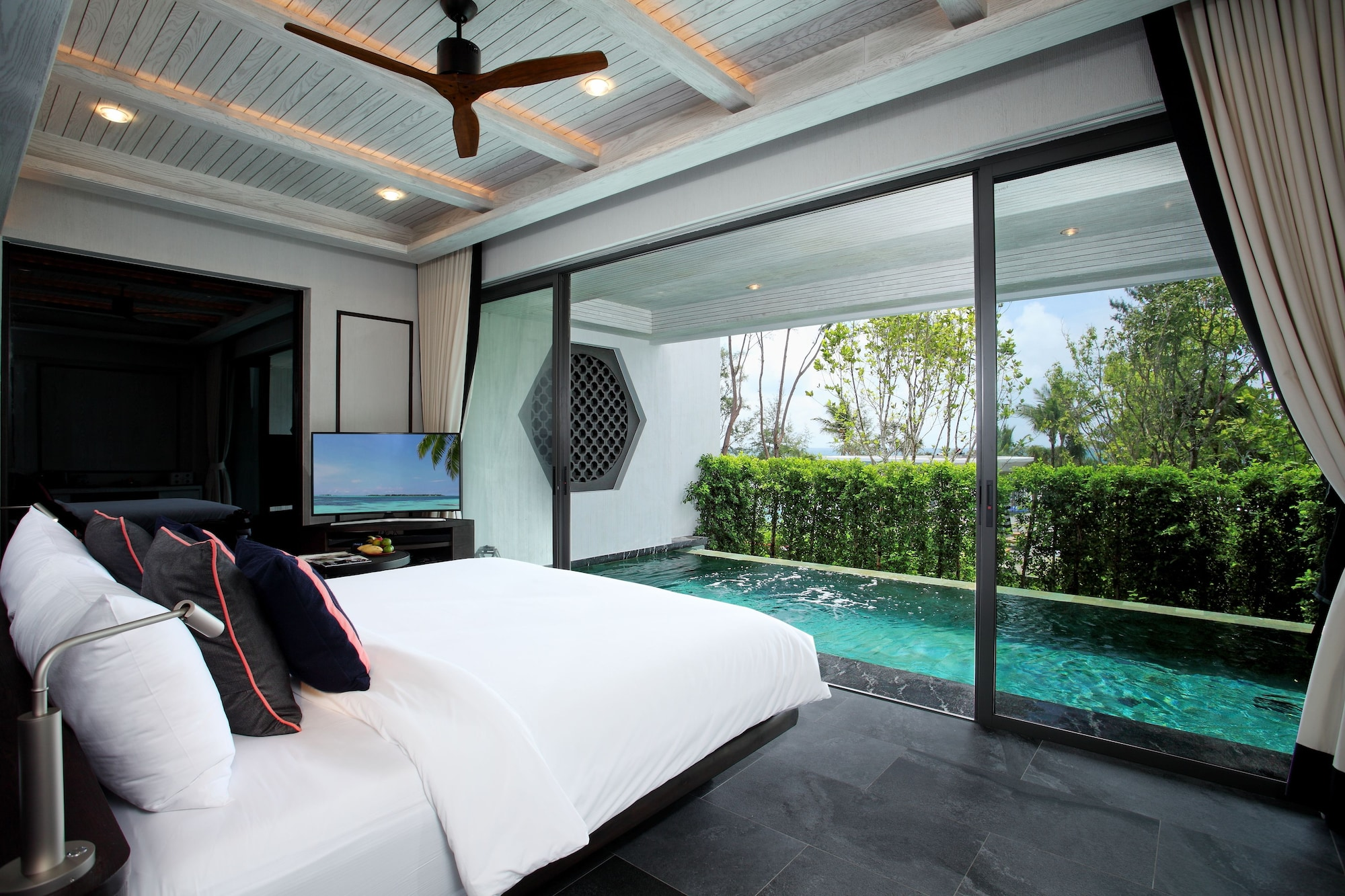 Baba Pool Suite Ocean View