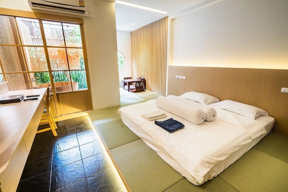 柏屋旅館 タイ ホテル