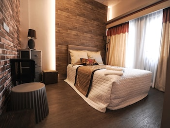 PINE BREEZE COTTAGES Room