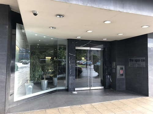. Leamington Spa Serviced Apartments - The Space